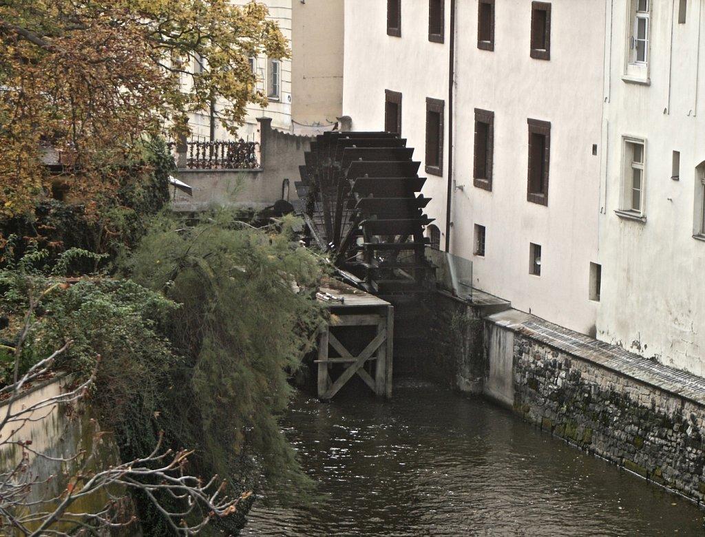 moulin-Pragues-2R.jpg